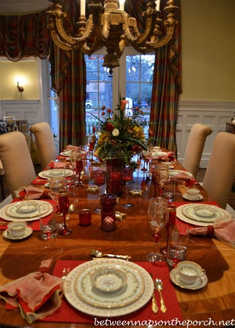s day table setting