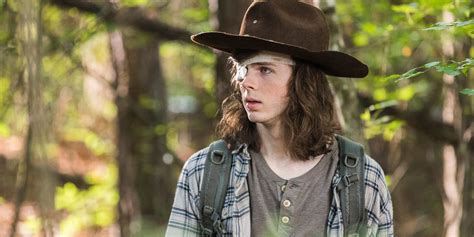 Pdf Carl The Walking Dead Cast by Walking Dead Say Goodbye To Chandler Riggs