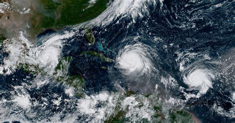 imagenes sorprendentes sobrenaturales hurricane irma joined by katia and jose
