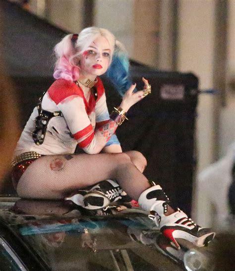 Margot Robbie At Suicide Squad Set Celebzz Celebzz