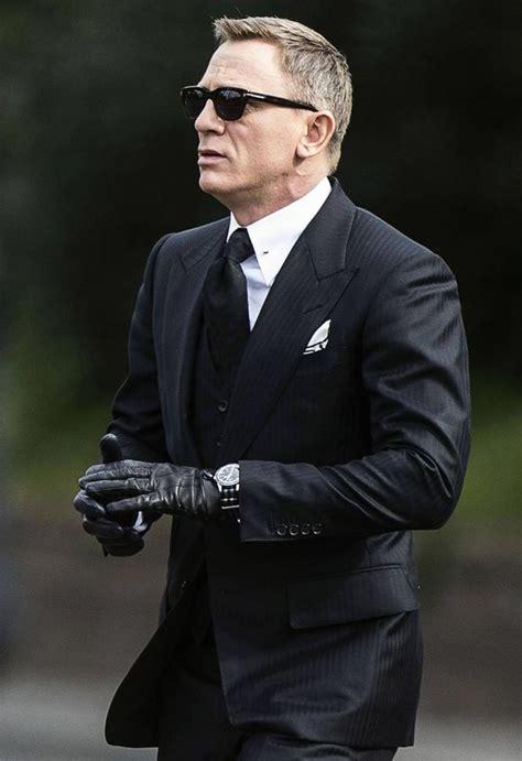 james bond bosses confident daniel craig will do fifth daniel craig suffers second injury on the spectre set