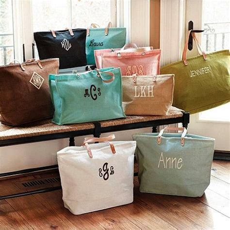 Gifts For Your Bridesmaids by Bridesmaid Gift Ideas For The Stylish Modwedding