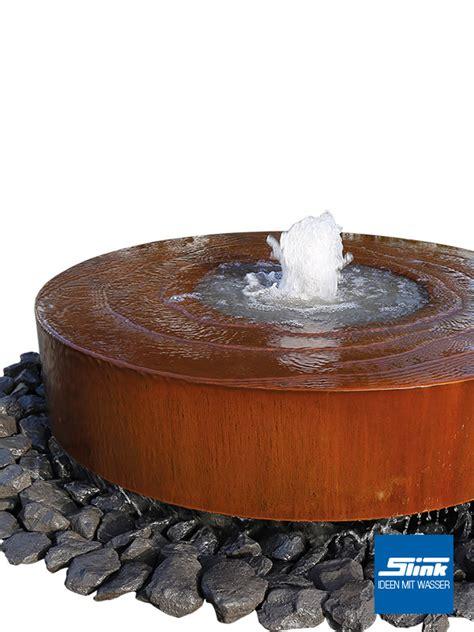 gartenbrunnen cortenstahl gartenbrunnen cortenstahl m 252 hlstein slink ideen mit wasser