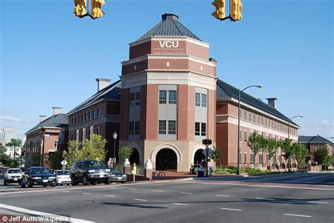Virginia Commonwealth Mba Ranking by Richmond Hunt Suspect After Three Were