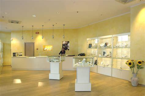 arredamenti gioiellerie arredamenti per gioiellerie compra in fabbrica a met 224