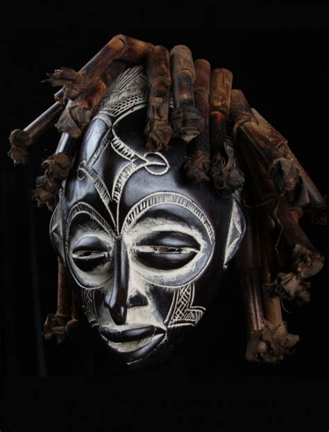 Masker Ibs chokwe black and white mask for sale