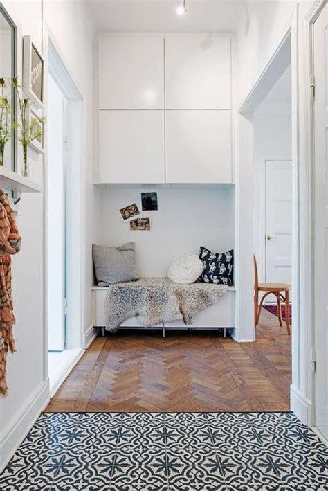 amenajari hol apartament  bloc poze idei designbaiero