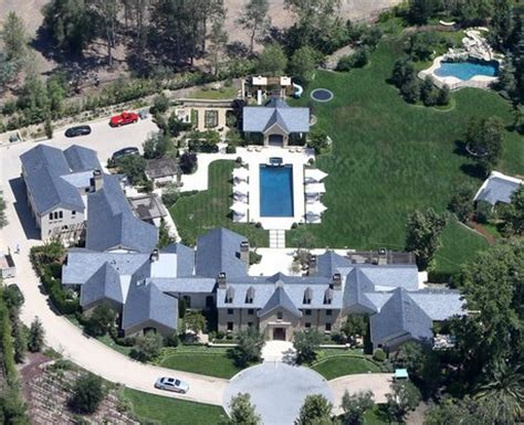 kim kanye house celebrity houses 22 unbelievable pop star homes you wish you lived in photos