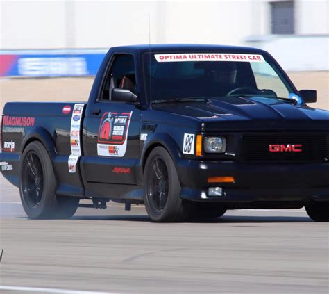 gmc syclone typhoon performance syclone featuring sportmachines