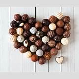 Chocolate Truffles Wallpaper   2545 x 2100 jpeg 1070kB