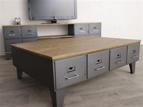 table basse industrielle anciens tiroirs métal et bois