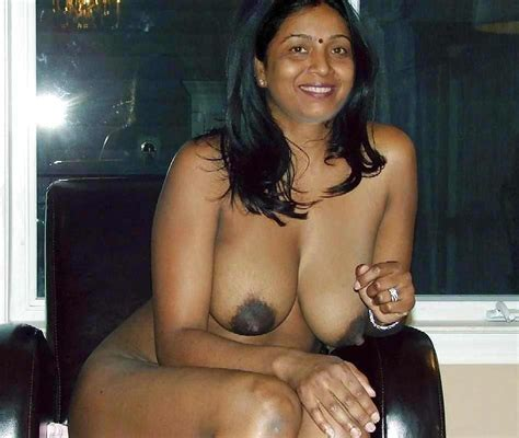 Tamil Mami Mulai Photos