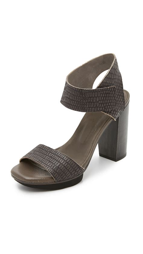 coclico sandals coclico dahlia platform sandals in gray lyst