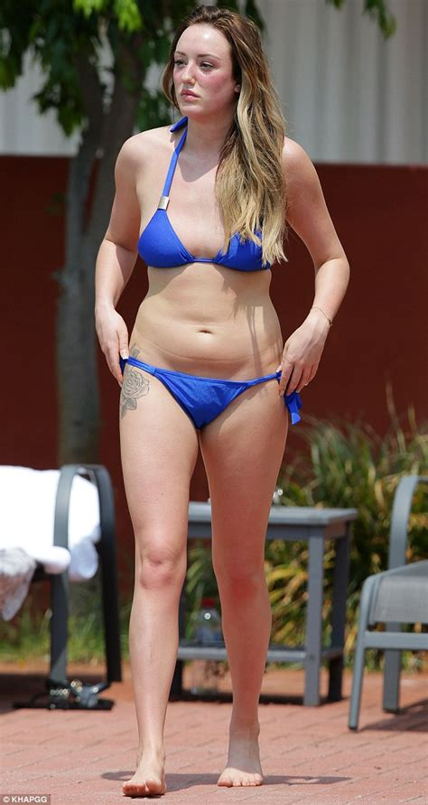 Skinny House Boston charlotte crosby shows off her 35lbs weight loss in sexy