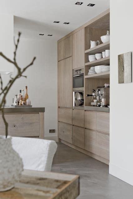 houten keuken creative kitchen backsplash ideas houten keuken met beton look vloer en witte