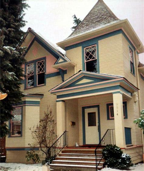 dollhouse exterior creating a realistic dollhouse exterior
