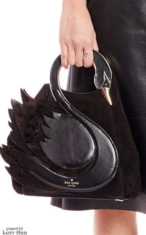 Be Unique With Williams Custom Handbags by Incredibly Unique Handbags Ideas For Walk Out Styling