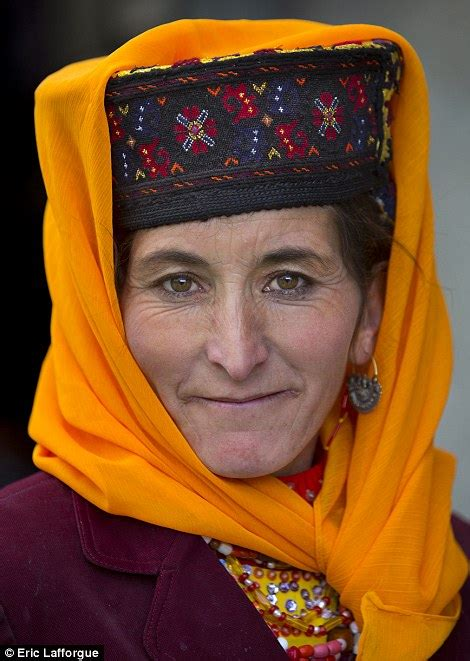 Single Story Tiny Homes Uighur Women Defy China S Government By Continuing To Wear