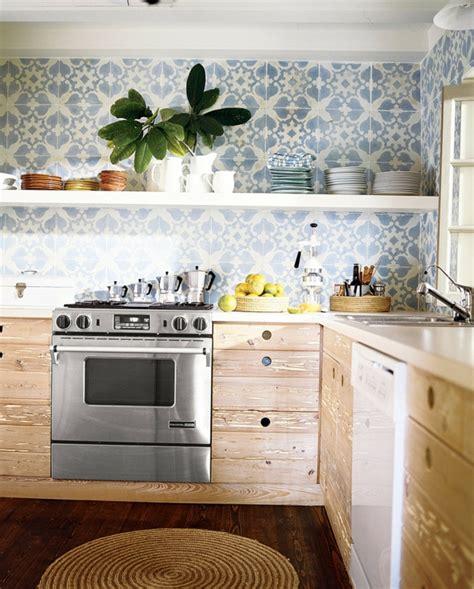 küchenschubladen kaufen wohnzimmer gelbe wand