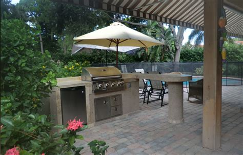 Kitchen Counter Decorating Ideas Pictures outdoor kitchen umbrella