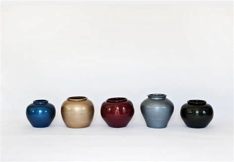 ai weiwei vase han dynasty vases with auto paint widewalls