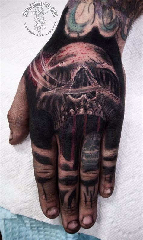 skull tattoo on hand 25 best ideas about skull on
