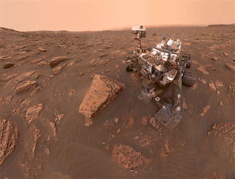 space images curiositys dusty selfie