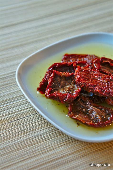 alimenti sott olio pomodori secchi sott olio la ricetta con il trucco