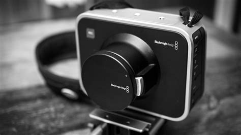buy blackmagic cinema blackmagic cinema whopping 2 5k resolution for