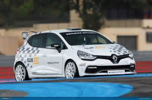 Renault Clio Sport Cup Renault Images Renault Sport Clio Cup Hd Wallpaper And