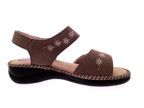 womens wide comfort shoes womens summer sandals cushioned wide adjustable straps