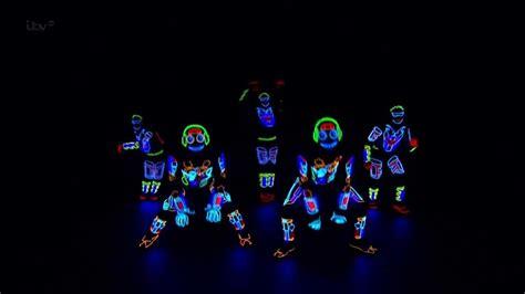 america s got talent light balance britain s got talent s08e01 light balance electric dance