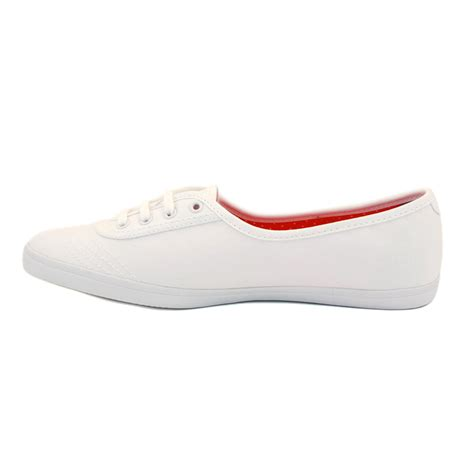 fred perry aubery b2171w womens laced canvas trainers
