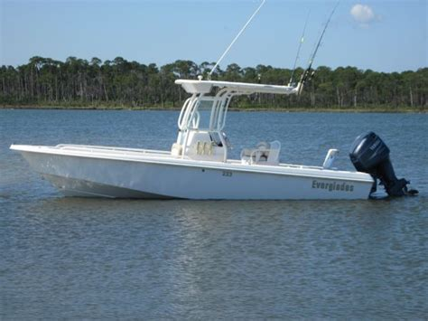 everglades boats forum 2004 everglades 223cc the hull truth boating and