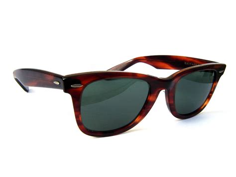 sunglasses for ban 2016 s restaurant and pub