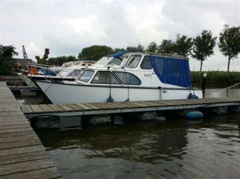 boot met buitenboordmotor te koop te koop stalen kajuit motorboot 10pk yamaha