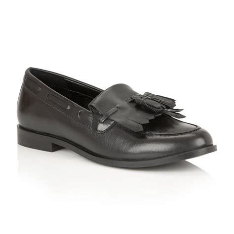 low v loafers buy ravel tilden loafers in black