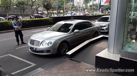 bentley jakarta bentley flying spur spotted in jakarta indonesia on 10 15