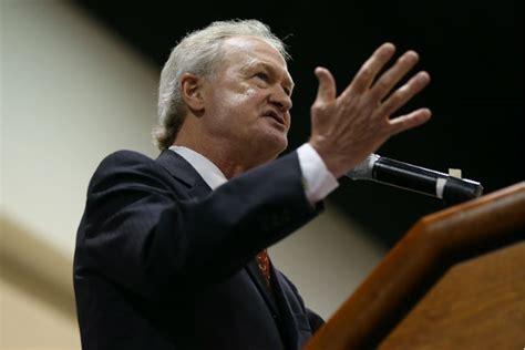 Former rhode island governor lincoln chafee announces bid for