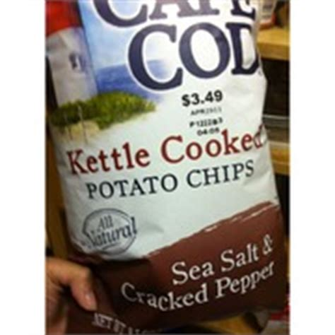 cape cod sea salt and cracked pepper chips cape cod potato chips kettle cooked sea salt cracked
