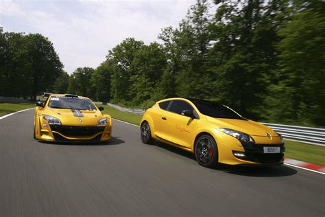 renault megane sport 2011 megane rs trophy the all new powerful special edition