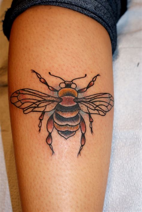 bees tattoo designs bee s thetattooedgeisha