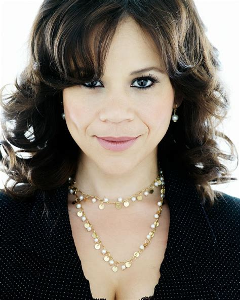 rosie peres wears a good 69 best images about rosie perez on pinterest latinas