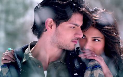 hottest couple wallpaper hd beautiful bollywood couple sooraj pancholi and athiya
