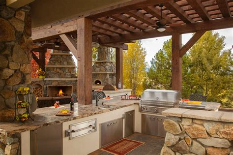 country outdoor kitchen ideas rustic outdoor kitchen captainwalt