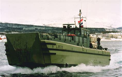 ride a boat in spanish lancha de desembarco wikipedia la enciclopedia libre