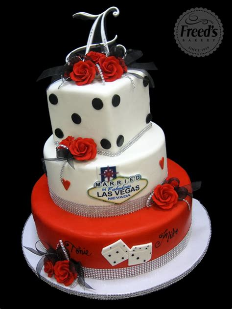 Wedding Cakes In Las Vegas by Vegas Themed Wedding Cake Ideas And Designs