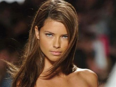 adriana lima hairstyles pictures 12 capellistyleit 25 stunning adriana lima s hairstyles hairstylo