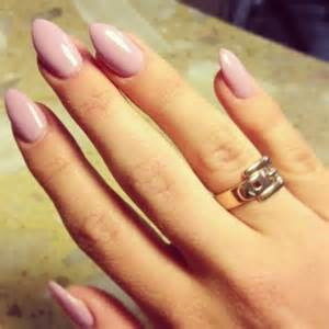 shape and color nails nail trend almond shaped nails arabia weddings