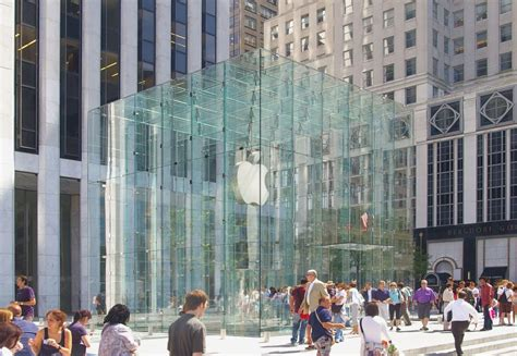 apple york file applestore nyc jpg wikimedia commons
